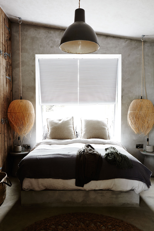 Rustic_grey_bedroom.jpg