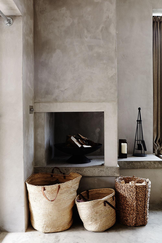 rustic_concrete_fireplace.jpg