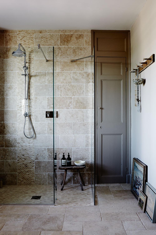 ModRust_Ledbury_bathroom_144.jpg