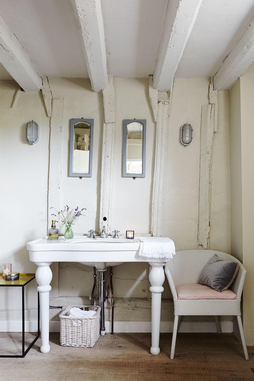 bathroom_035.jpg