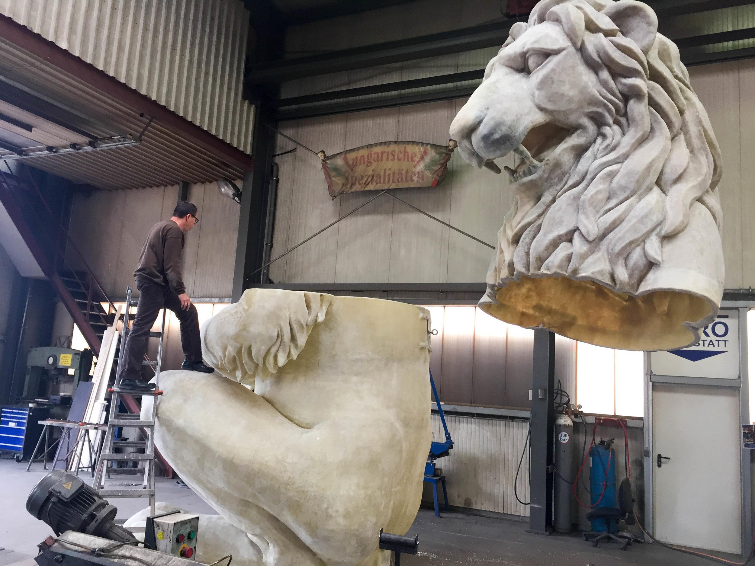 Löwenbräu Löwe 7.jpg