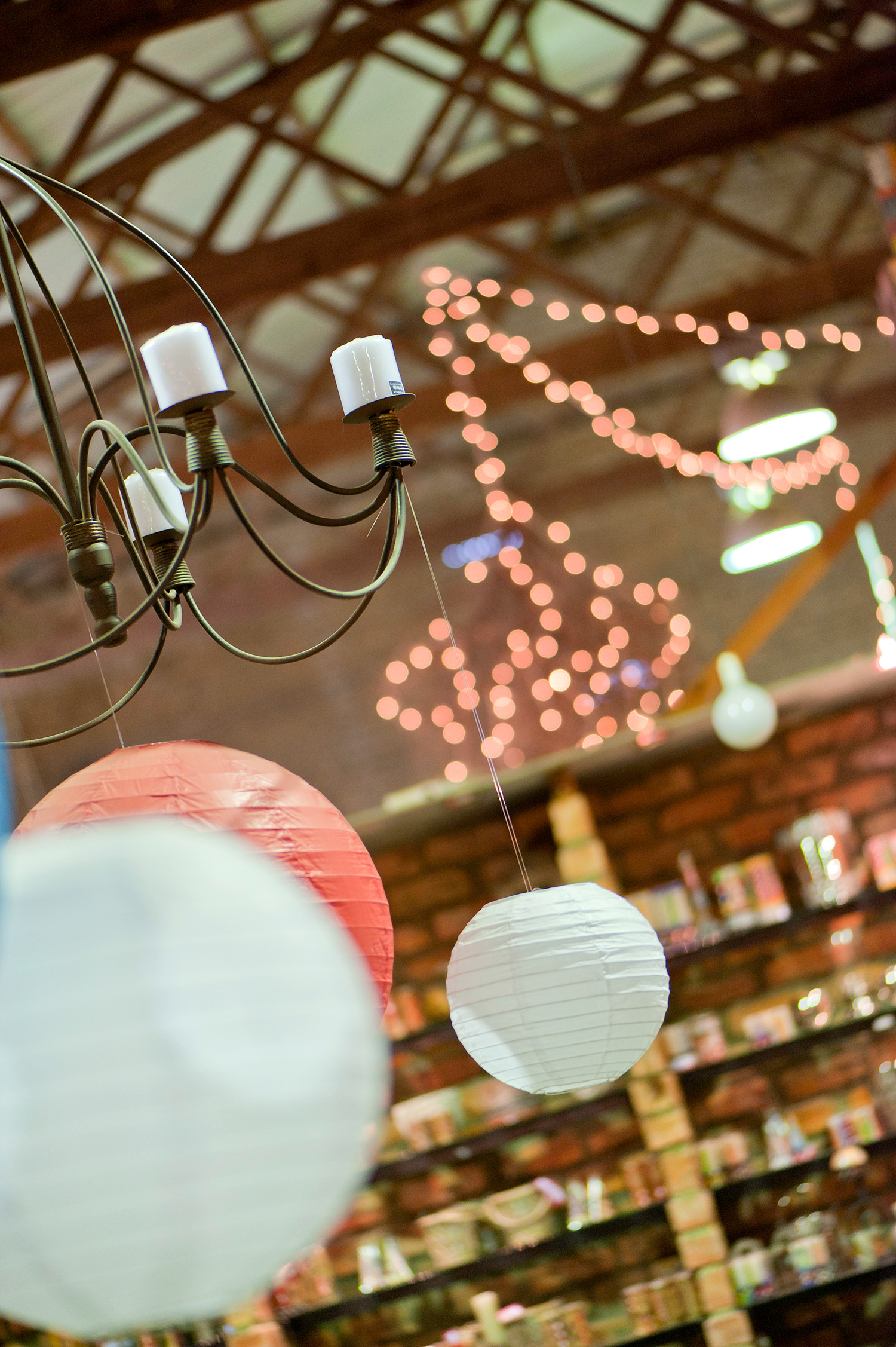 kapula-gallery-showroom-shop-handmade-candles-ceramics-lights.jpg
