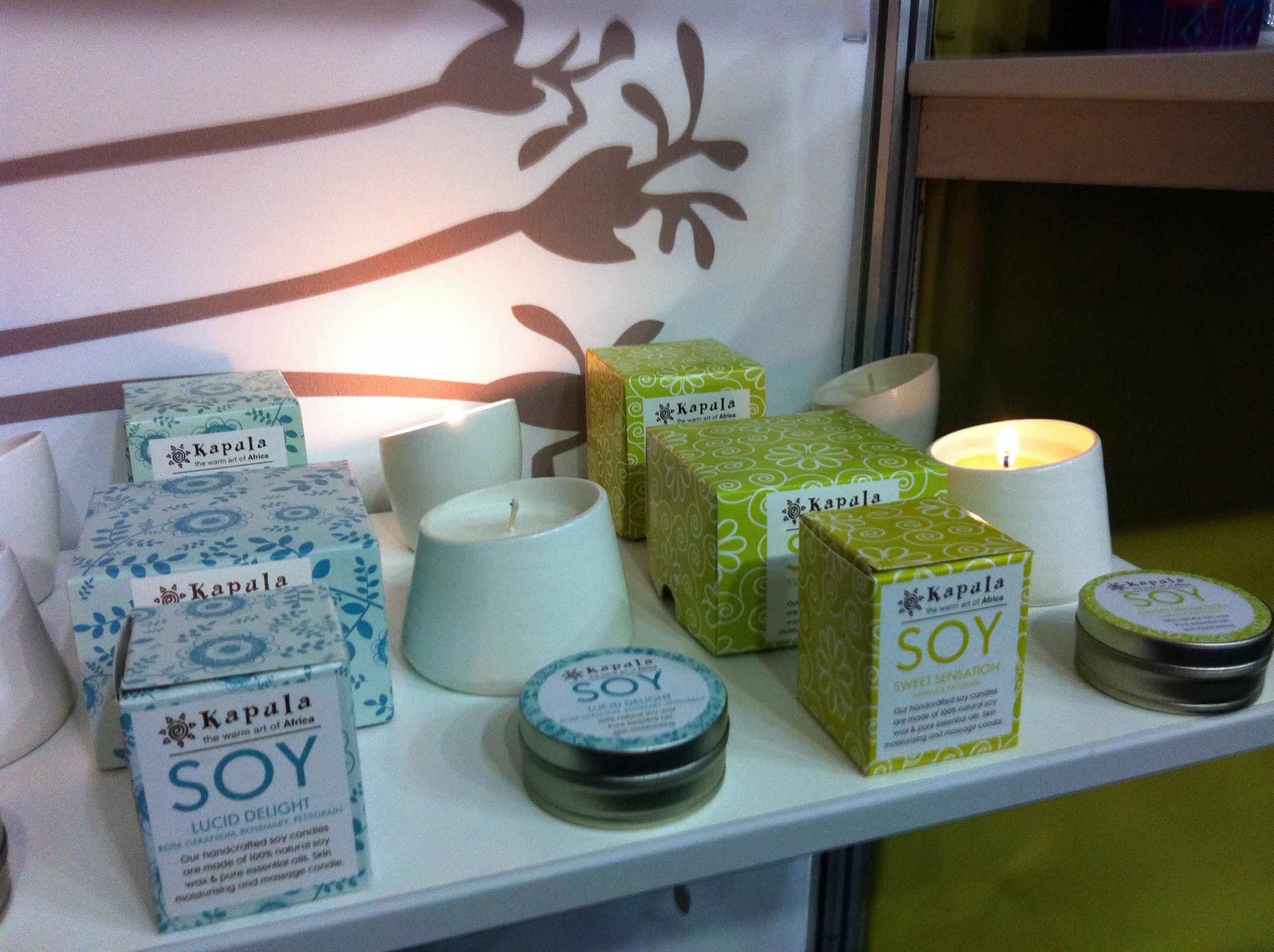 kapula-handmade-soy-candles-packaging-range.jpg