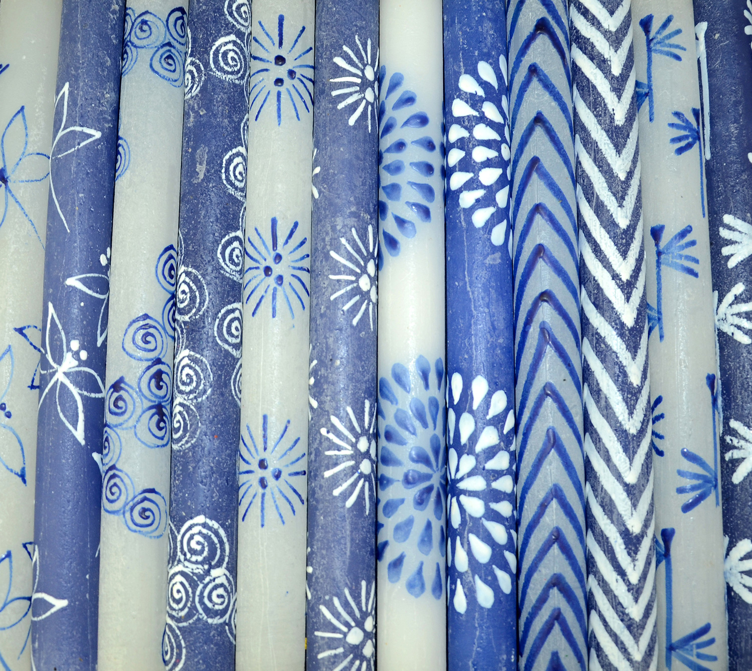 BLUE & WHITE (FROST)