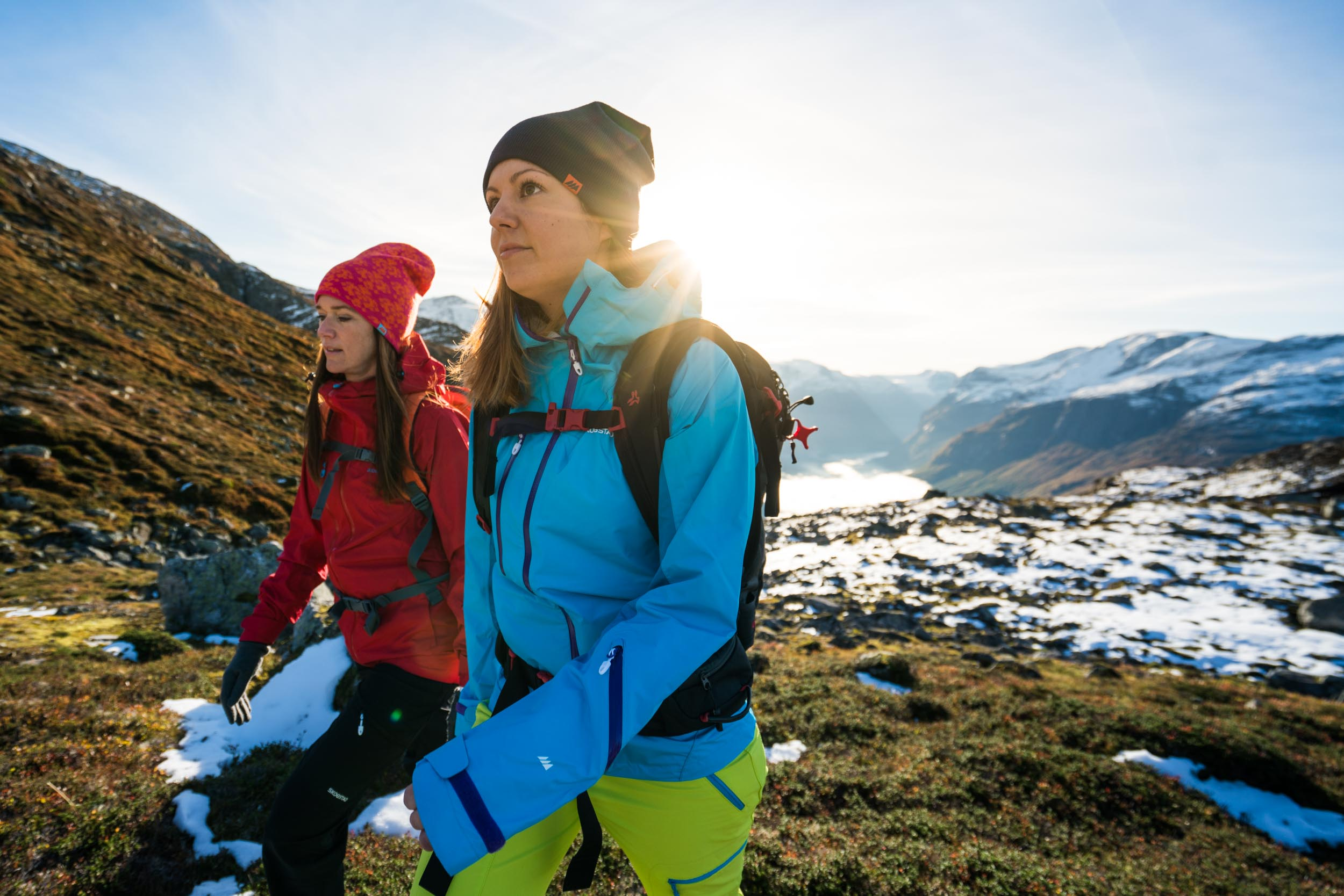 Guided hike: Staurinibba or Årheimsfjellet - A longer day hike from Loen Skylift, included lunch.