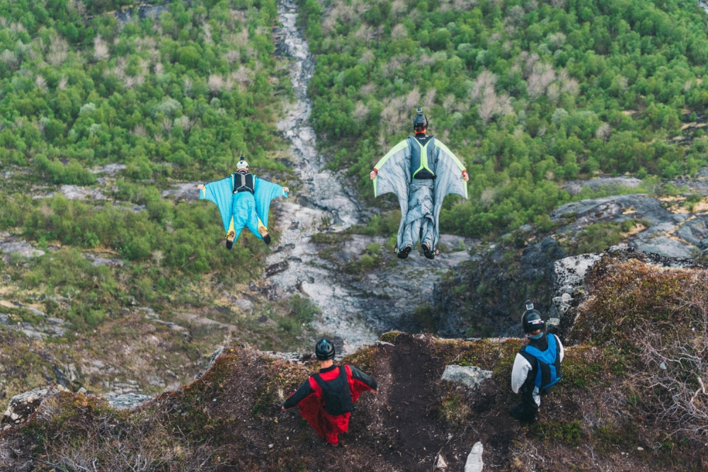 AIR SPORTS   Mt. Hoven is a popular place for  paragliding, speedriding and base jumping.