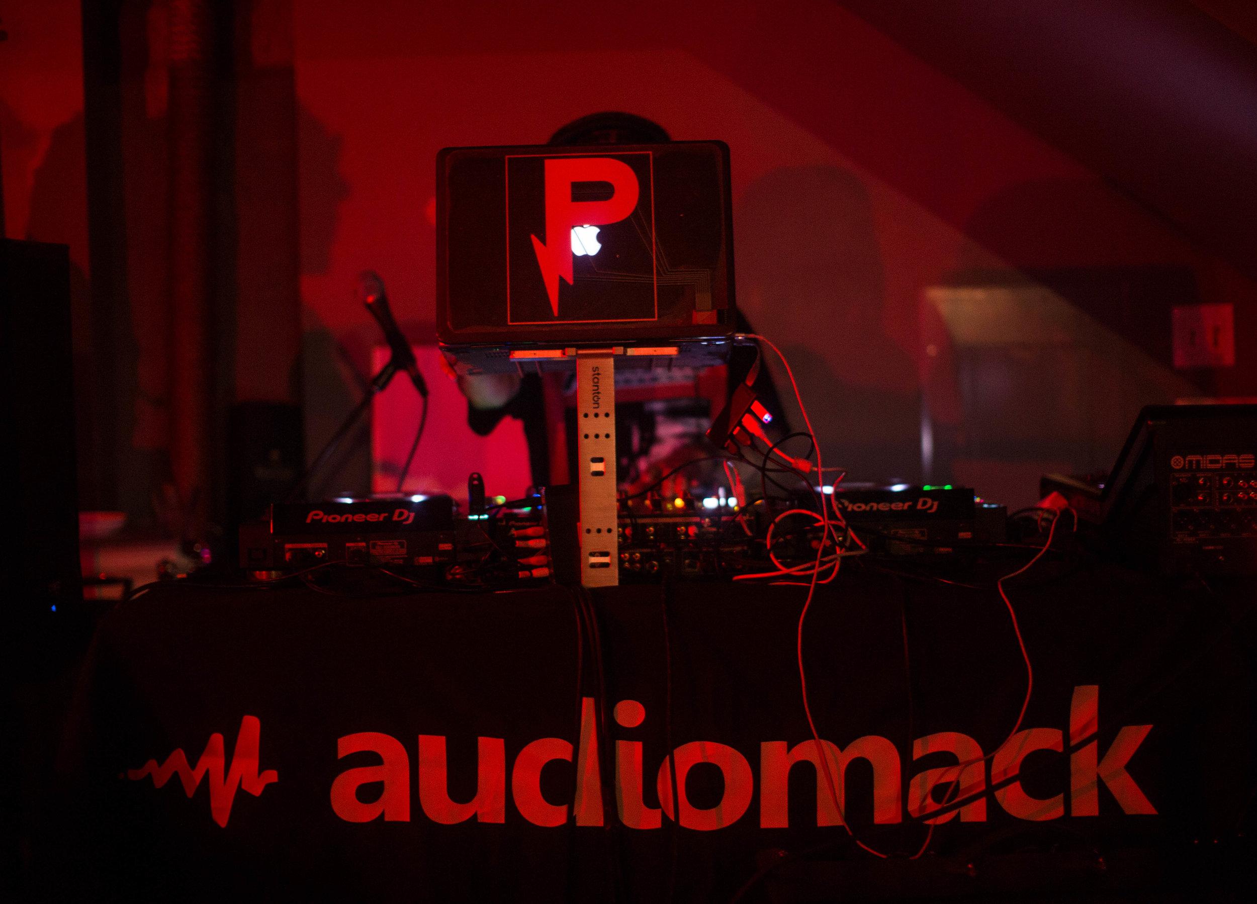 Audiomack -