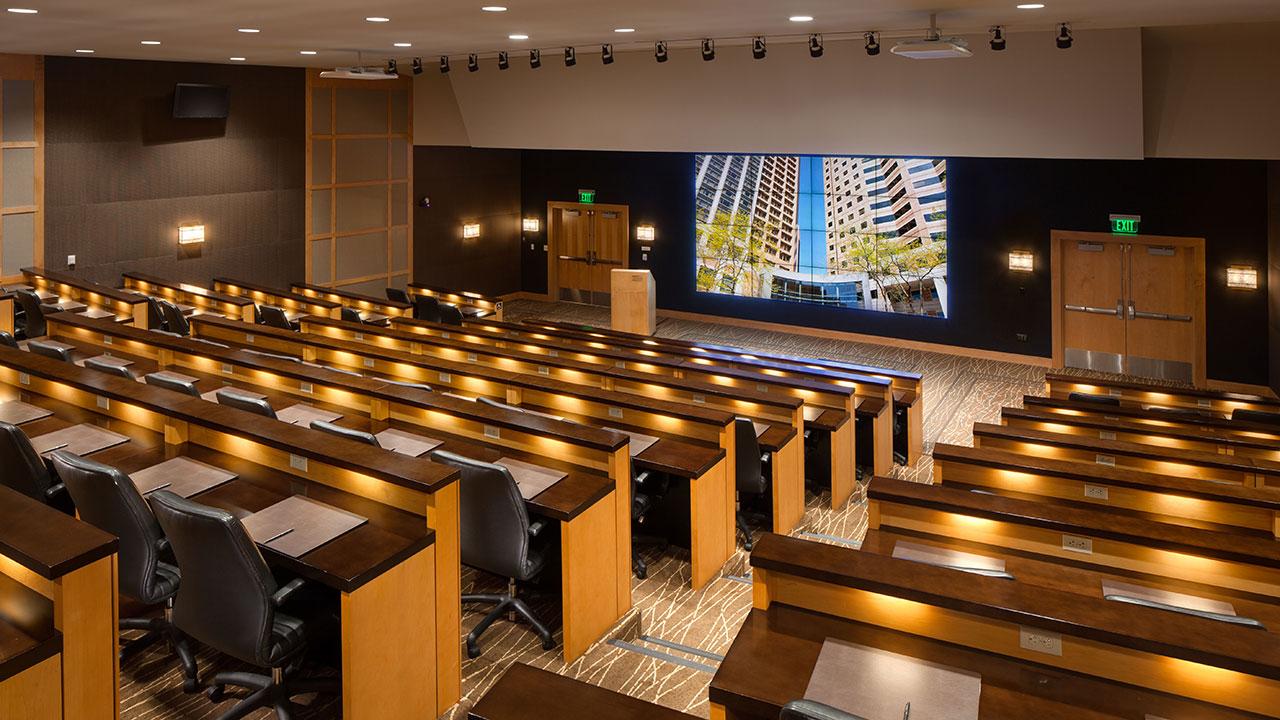 Hyatt-Regency-Bellevue-on-Seattles-Eastside-P156-Auditorium.gallery-2-3-item-panel.jpg