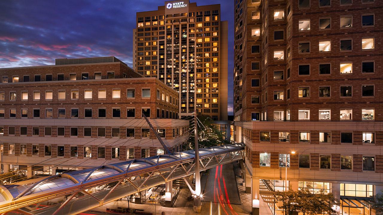 Hyatt-Regency-Bellevue-on-Seattles-Eastside-P172-Exterior-South.gallery-2-3-item-panel.jpg