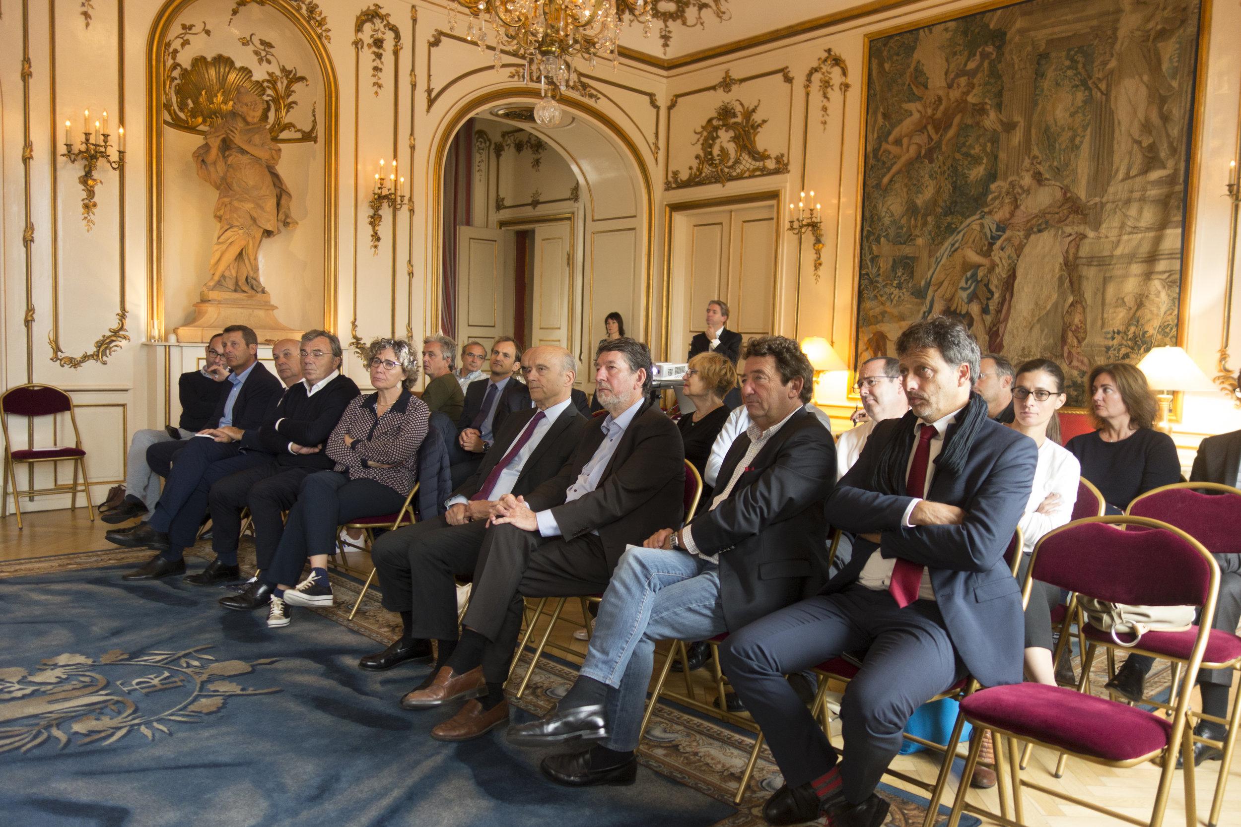 The delegation from Bordeaux Métropole attending talks in Copenhagen.