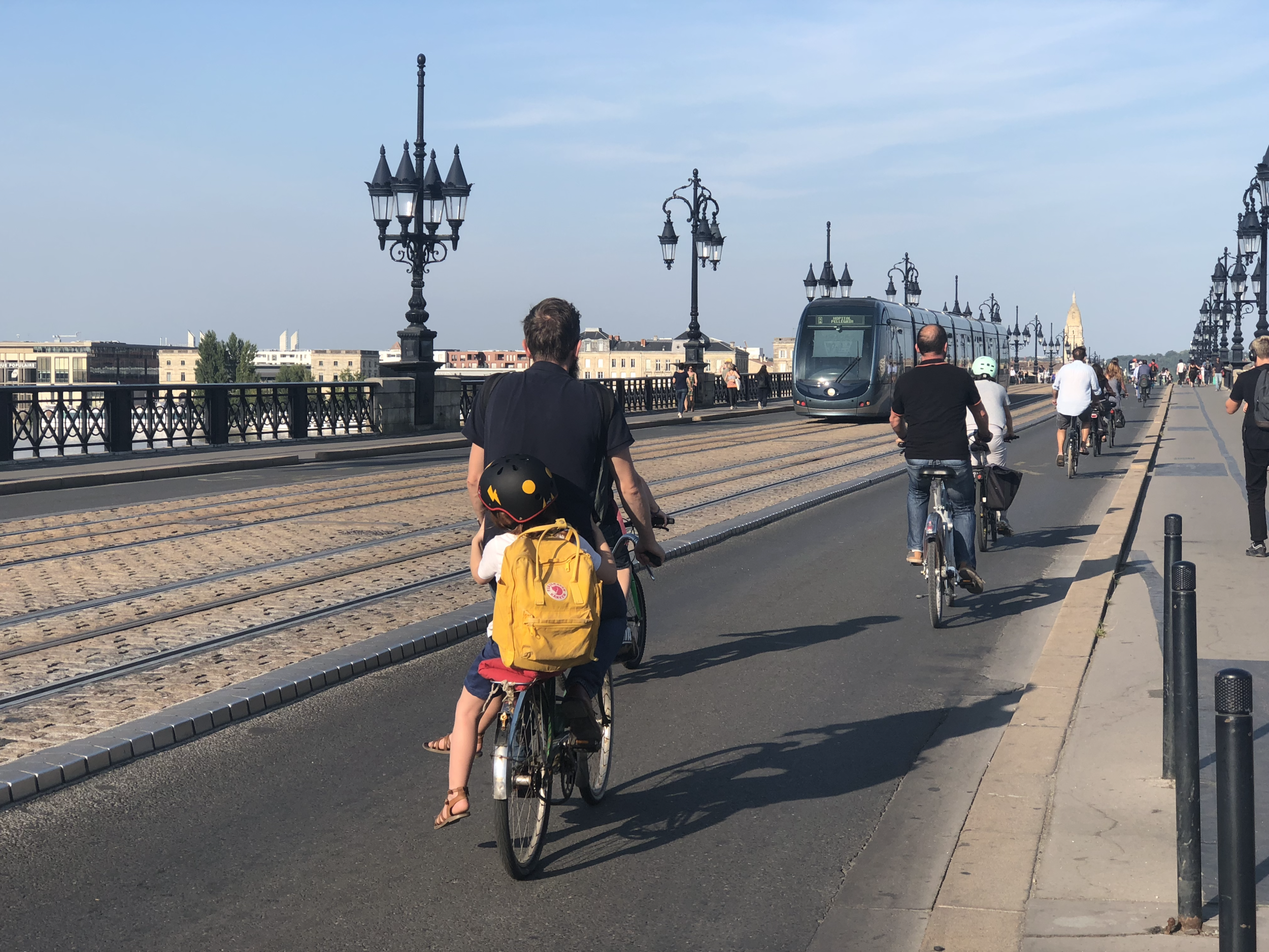 Bordeaux has taken initiative in promoting sustainable forms of mobility, making one of its historical bridges car-free and dedicating it exclusively to cyclists, pedestrians, and public transportation.