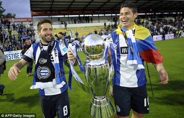 Joao Moutinho & James Rodriguez