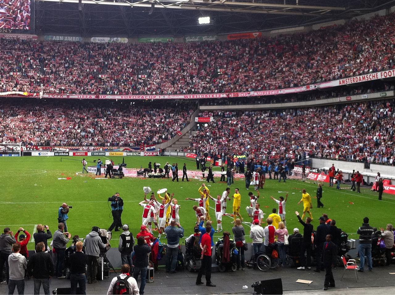 Amsterdam_Arena_(5723507384).jpg