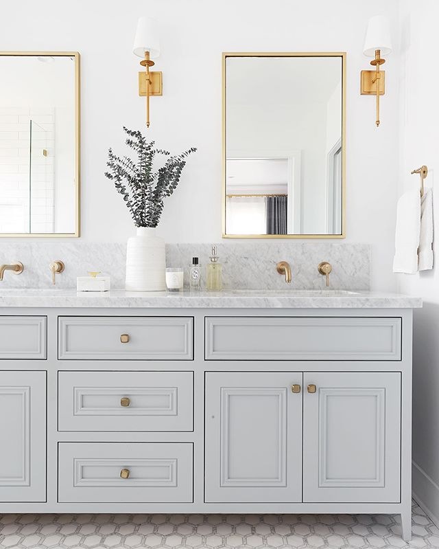 Got a great Mother's Day present this weekend in the form of photos from my shoot with the lovely @jessicajalexander! So glad to squeeze in this last shoot of this master suite remodel before baby arrives (we're getting REALLY close 😳). Master Bathroom // Hancock Park 📷 @jessicajalexander