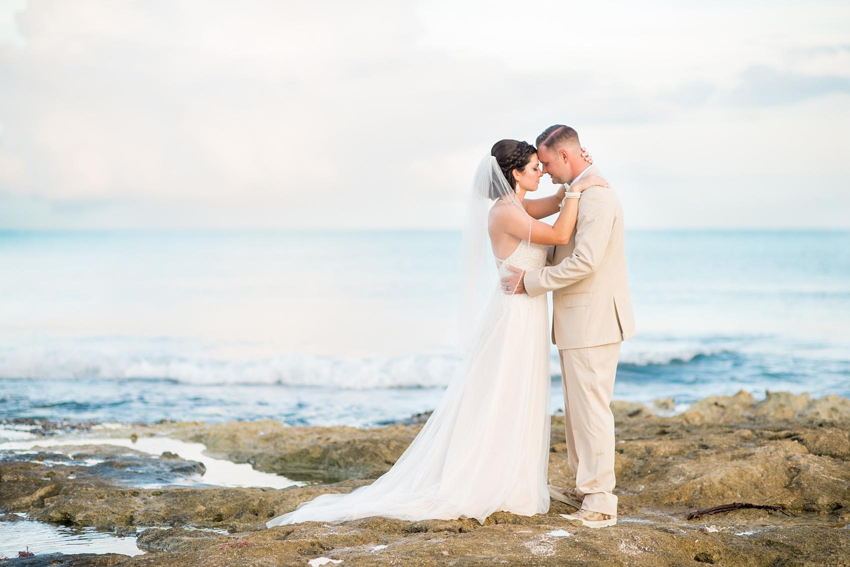 mikkelpaige-grand_paraiso_mexico_wedding_photos-mexico-001.jpg