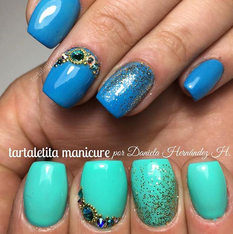 Blue Nails photo and nail art by @tartaletita Daniela Hernandez.JPG