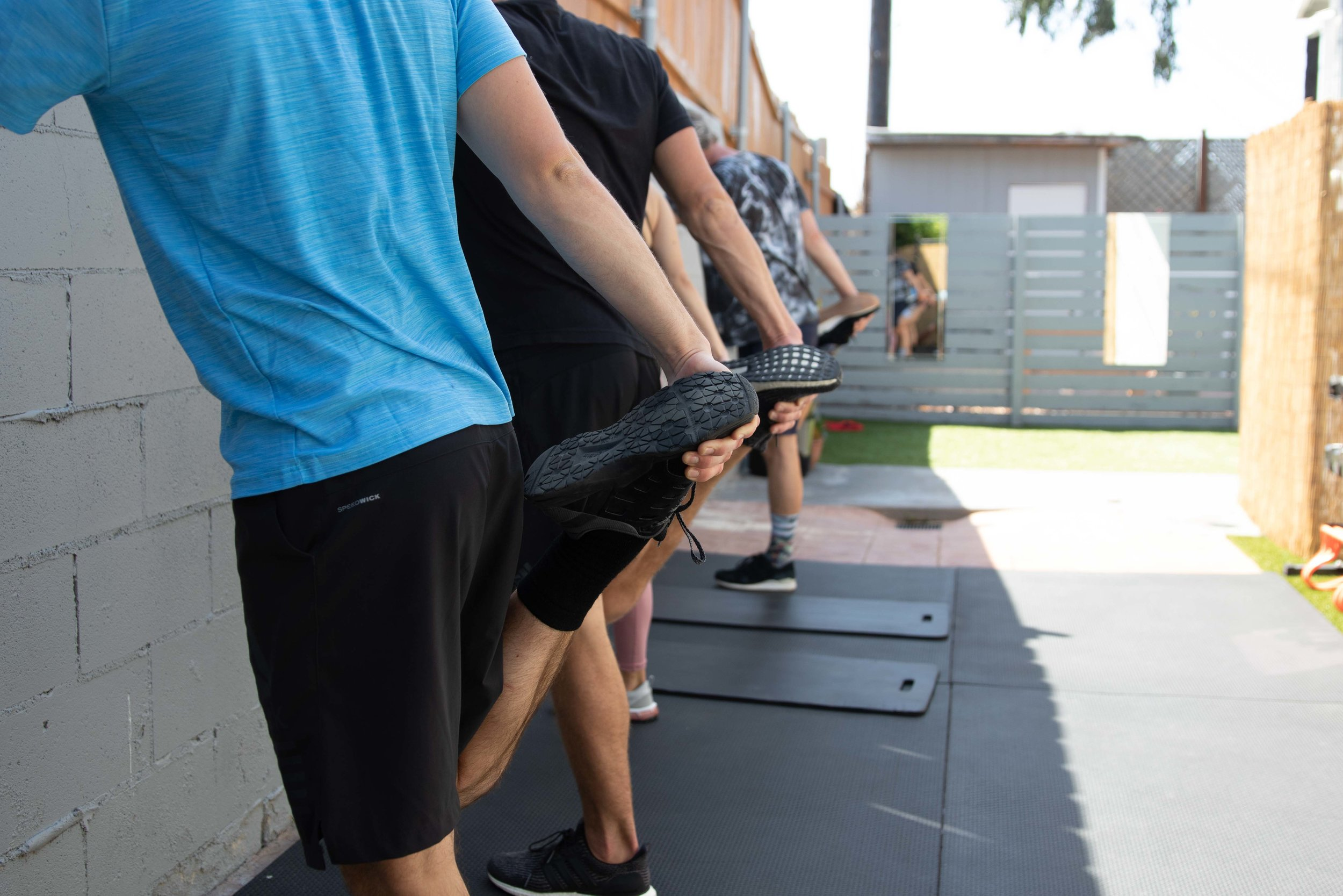 PERSONAL & GROUP TRAINING -