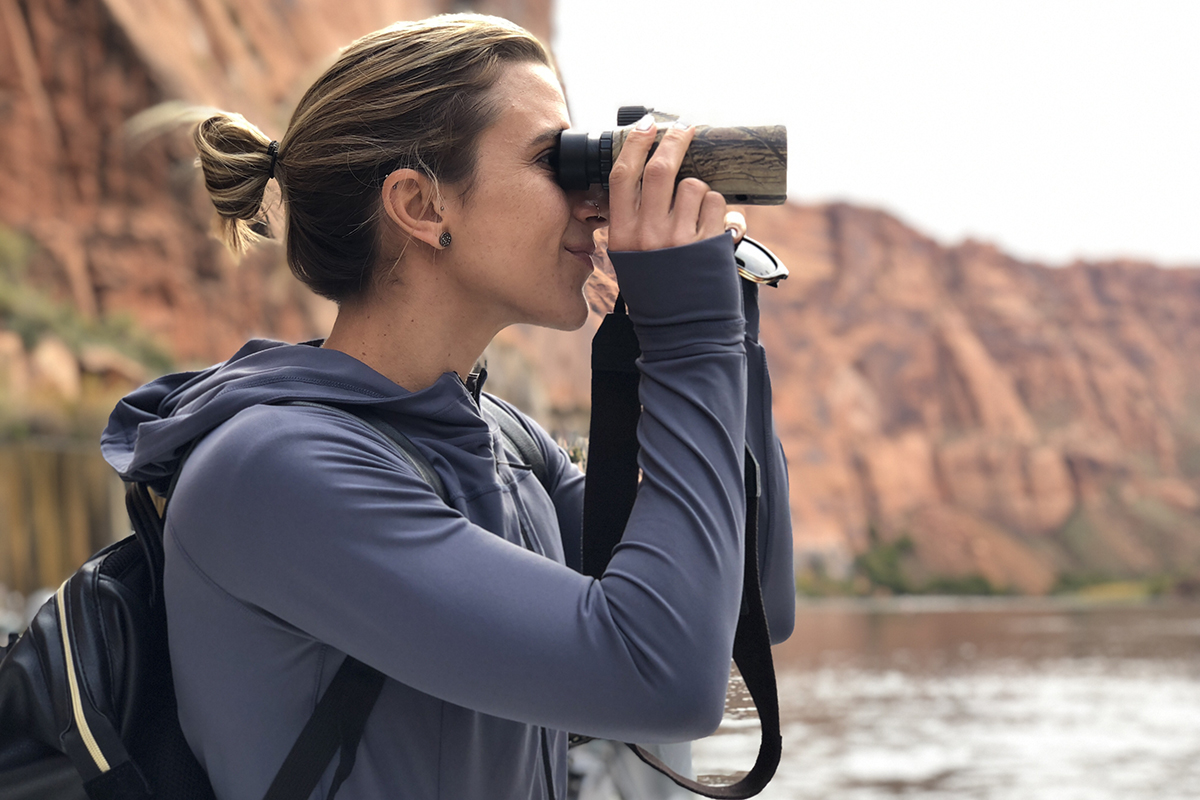 Tara_LakePowell_Senita_sight seeing.jpg