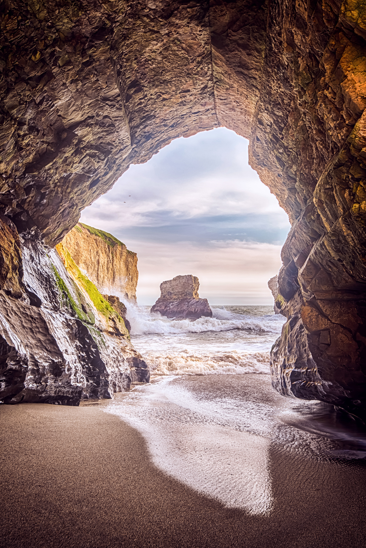 GATEWAY TO THE SEA