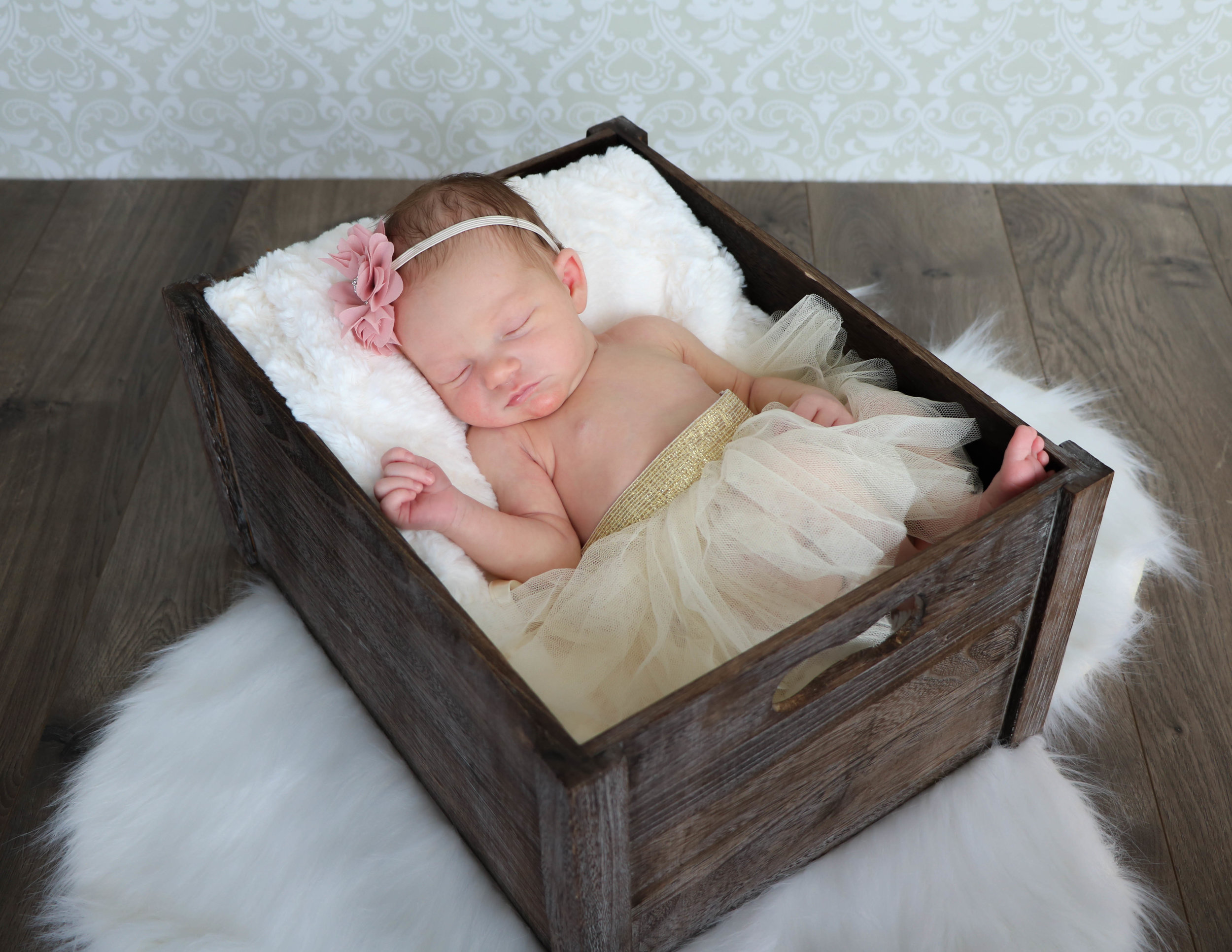 newborn nora (1 of 1)-2.jpg
