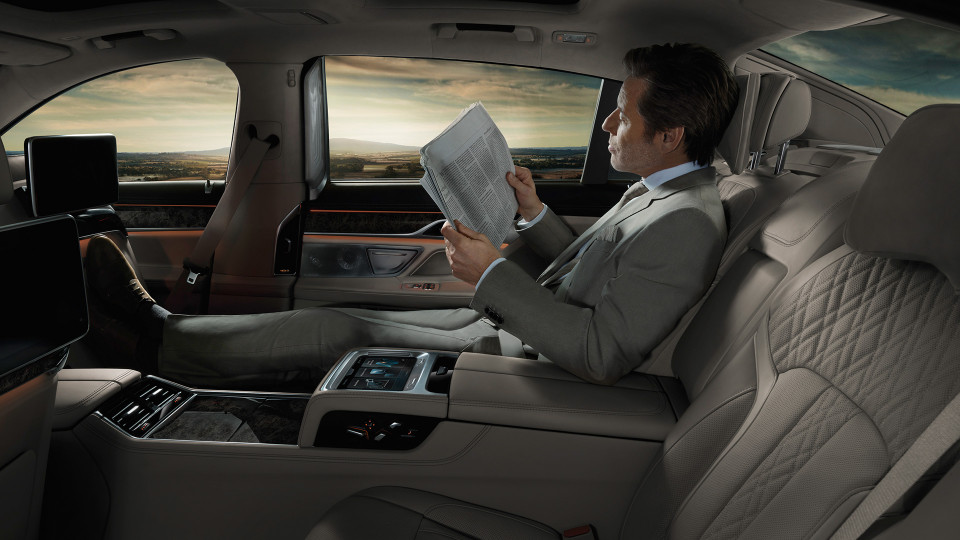 BMW Bees Knees Executive Chauffer 4.jpeg