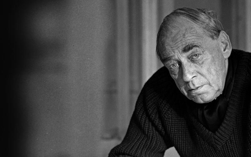 ALVAR AALTO (1898-1976)  Finish architect and urban planner, he also designs iconic furniture, textiles and glassware. Alvar Aalto refuses using metal for his furniture, he mostly works with wood. From 1925 together with Aino he experiments with distorting wood and laminated wood.In the 1930s he develops the revolutionary curved chair design. The wood forming method he invents in 1935 after founding his furniture factory Artek, is the key element of his wooden furniture.