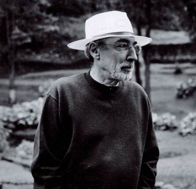 PERCIVAL LAFER (1936)  One of the pioneers of Brazilian Modernist movement with Joaquin Tenreiro and Sergio Rodrigues, using natural resources, tropical hardwoods, cane, and understanding the need for confort and beauty. Later was at the forefront of Ready-to-Assemble furniture.