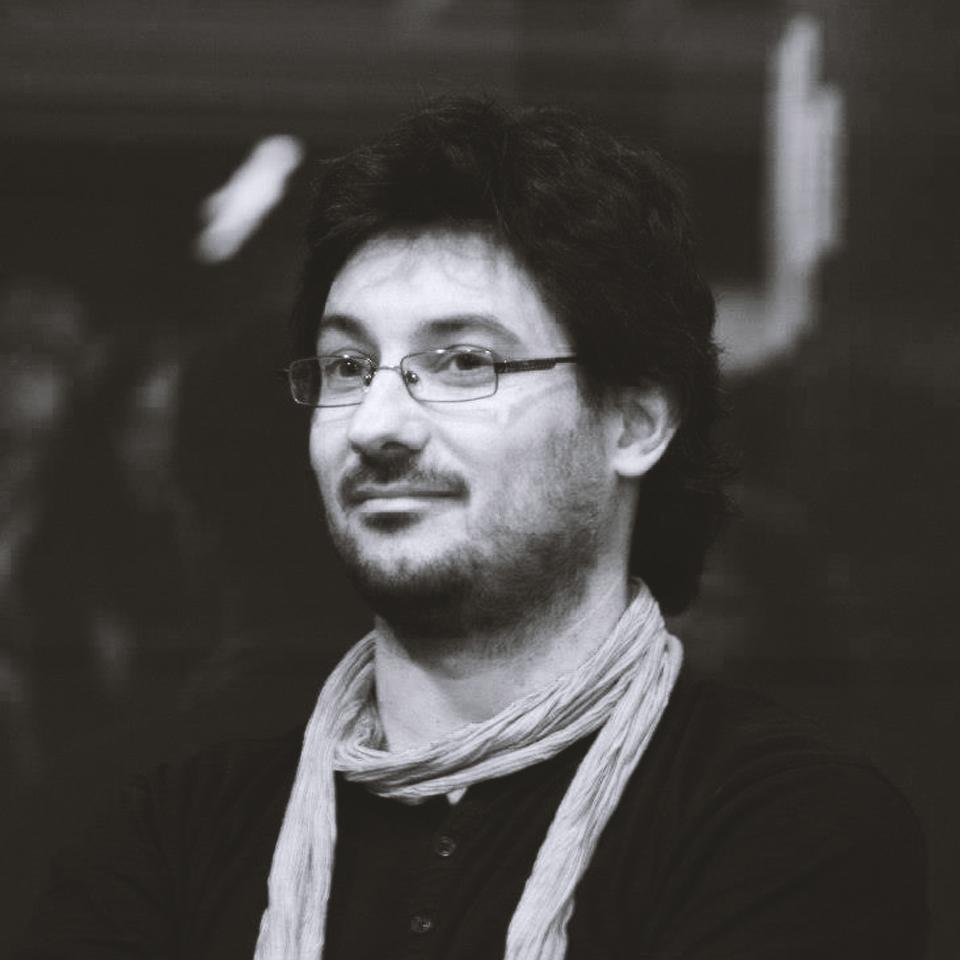 HUGO MAS   Co-writer