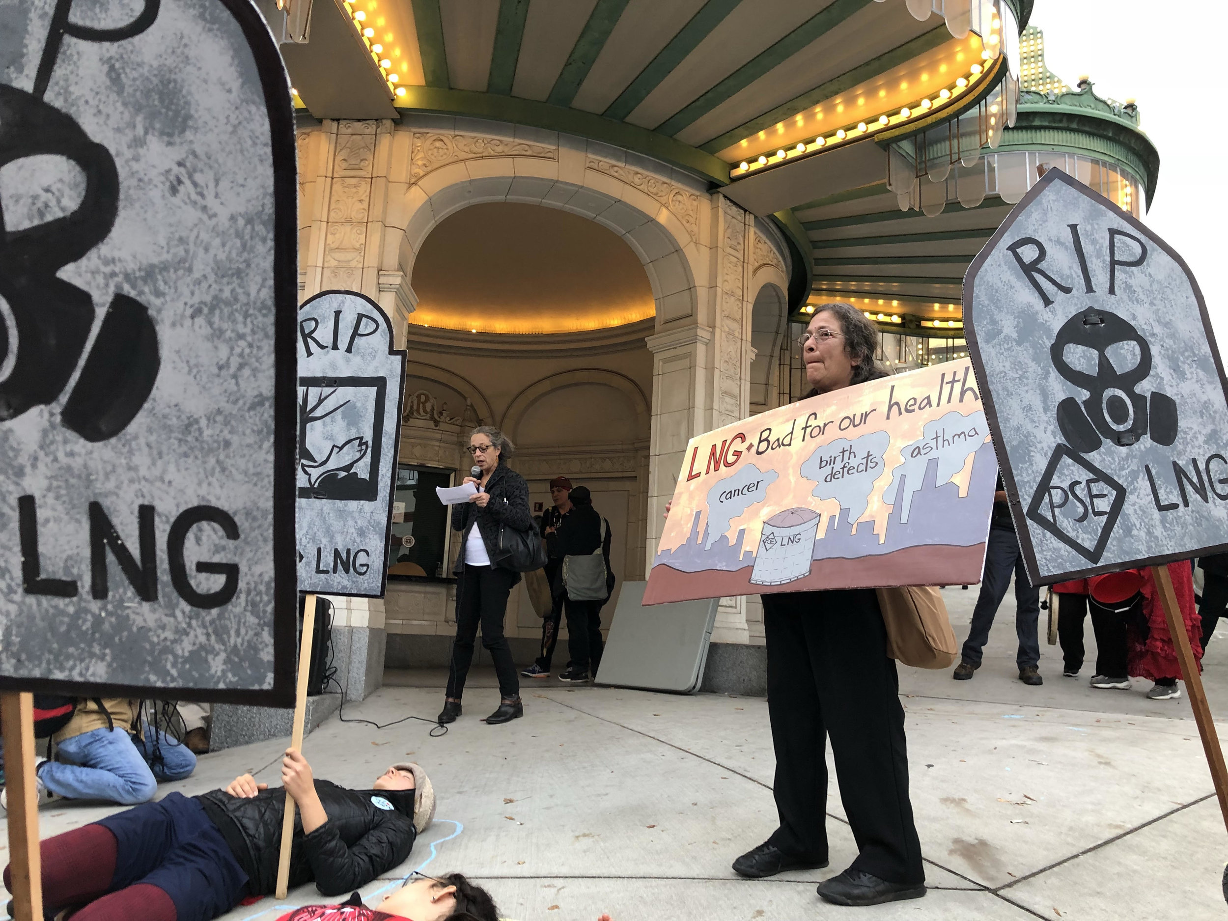 Take Action: Call for complete assesment of Tacoma LNG project - Dr. Lisa Johnson speaks at a rally at the LNG project hearing on October 30th.