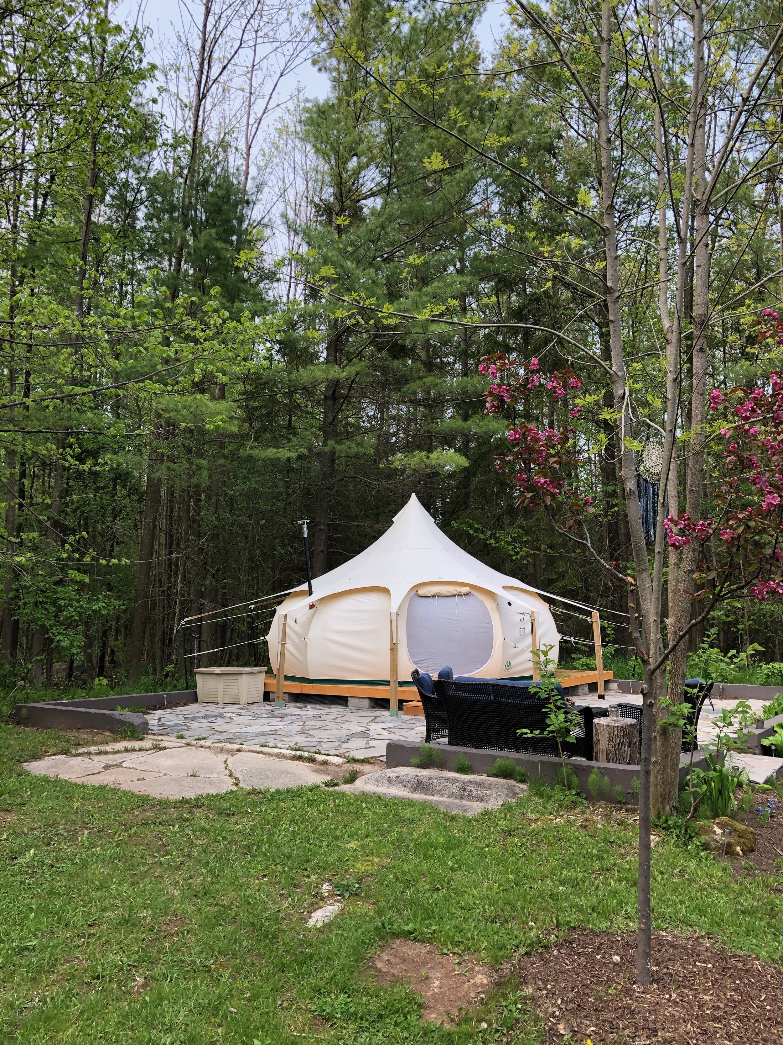 melissatwistevents_glamping_collingwood_bluemountaineventplanner 02.jpeg