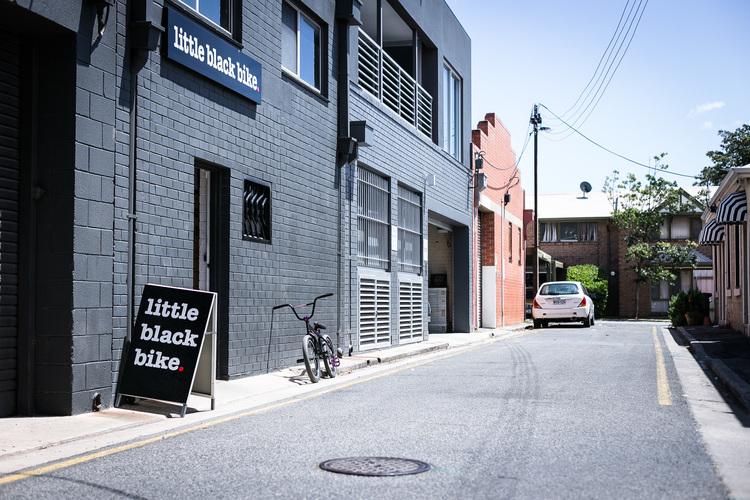 Blog_06_Friday Frienday_Little Black Bike_11.jpg