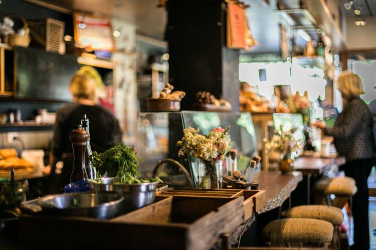 Blog_06_Friday Frienday_Cafe Troppo_11.jpg