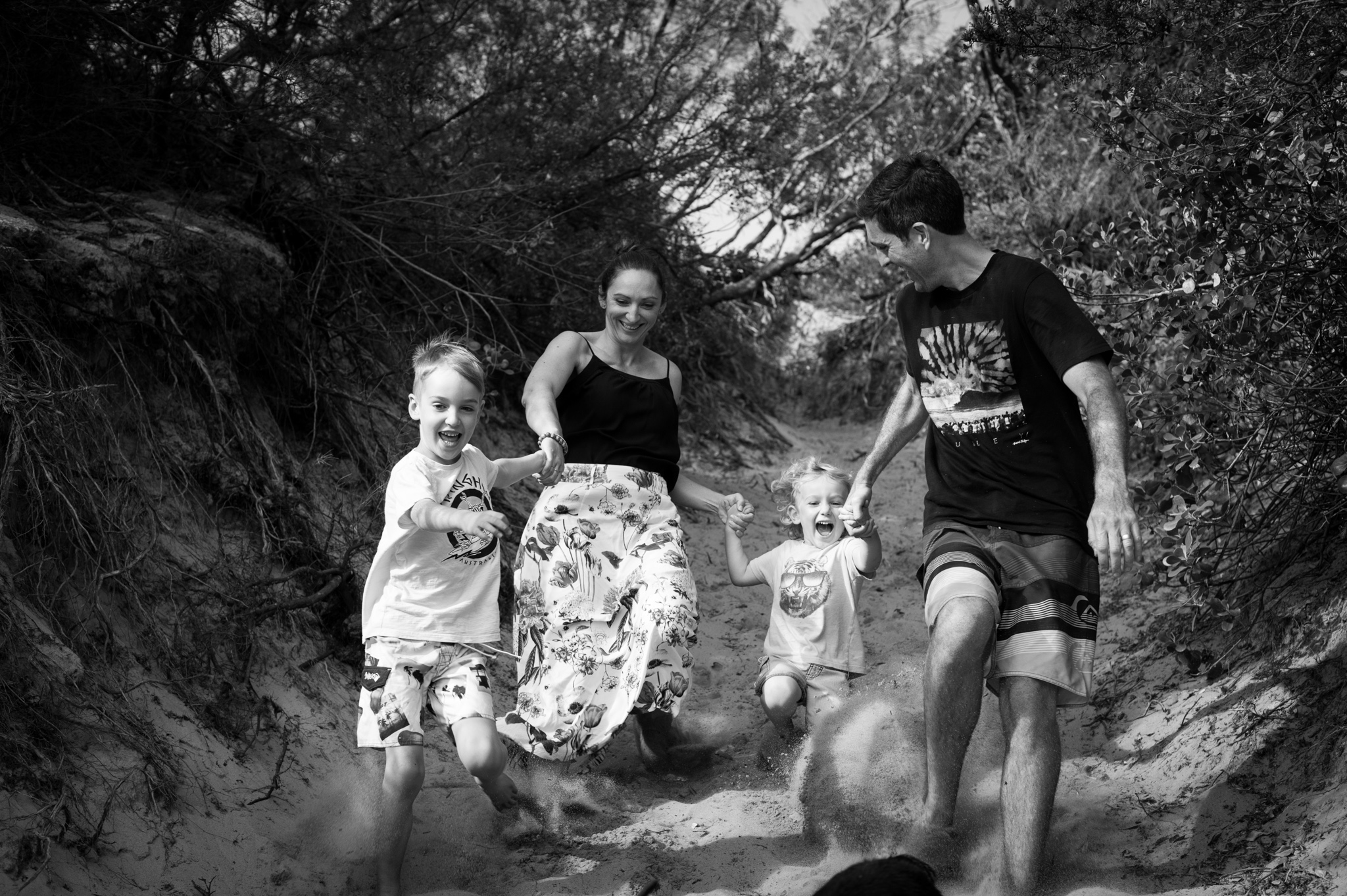 running down the hill family photography central coast