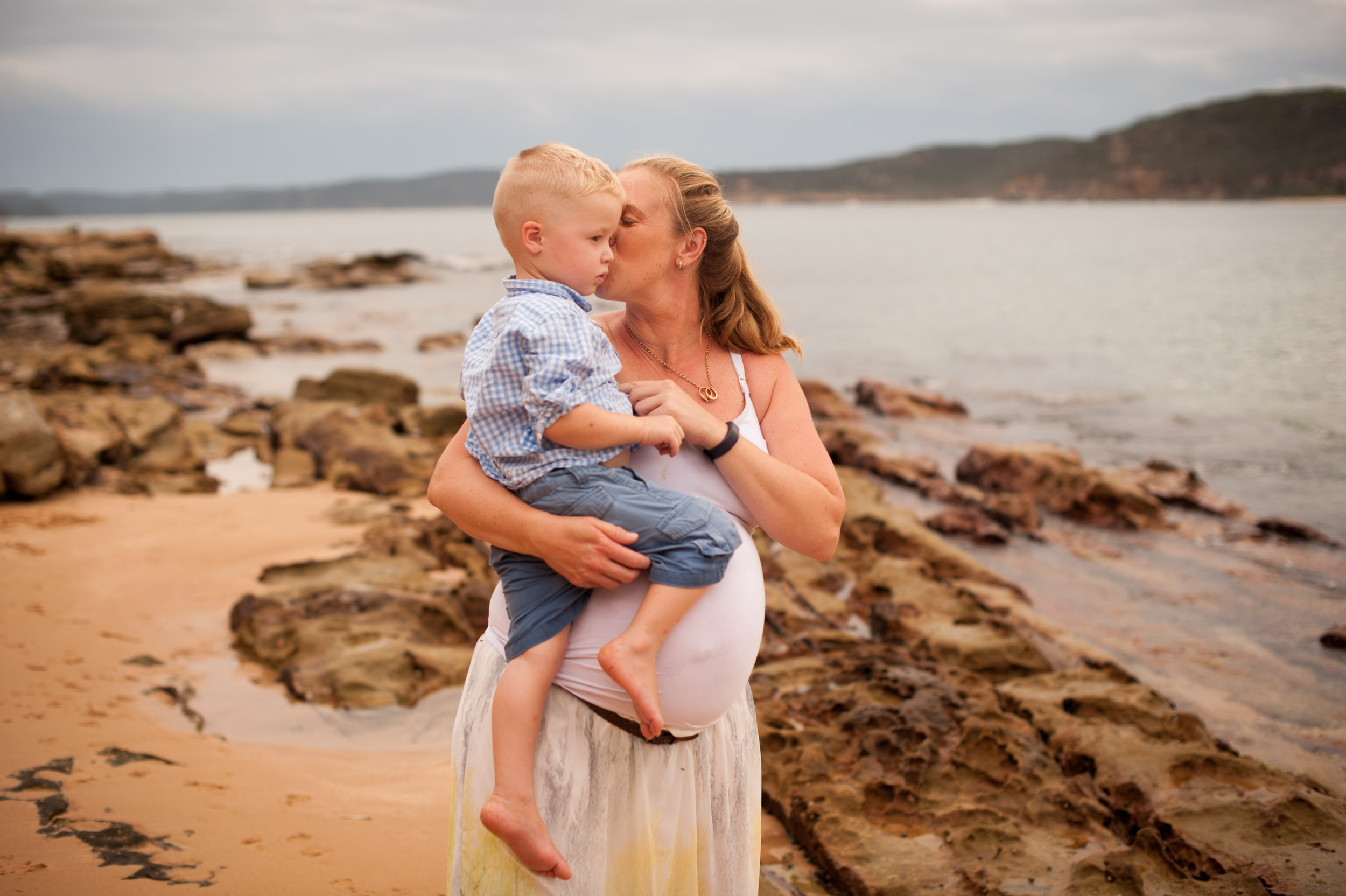 mother and son documentary maternity photography central coast nsw