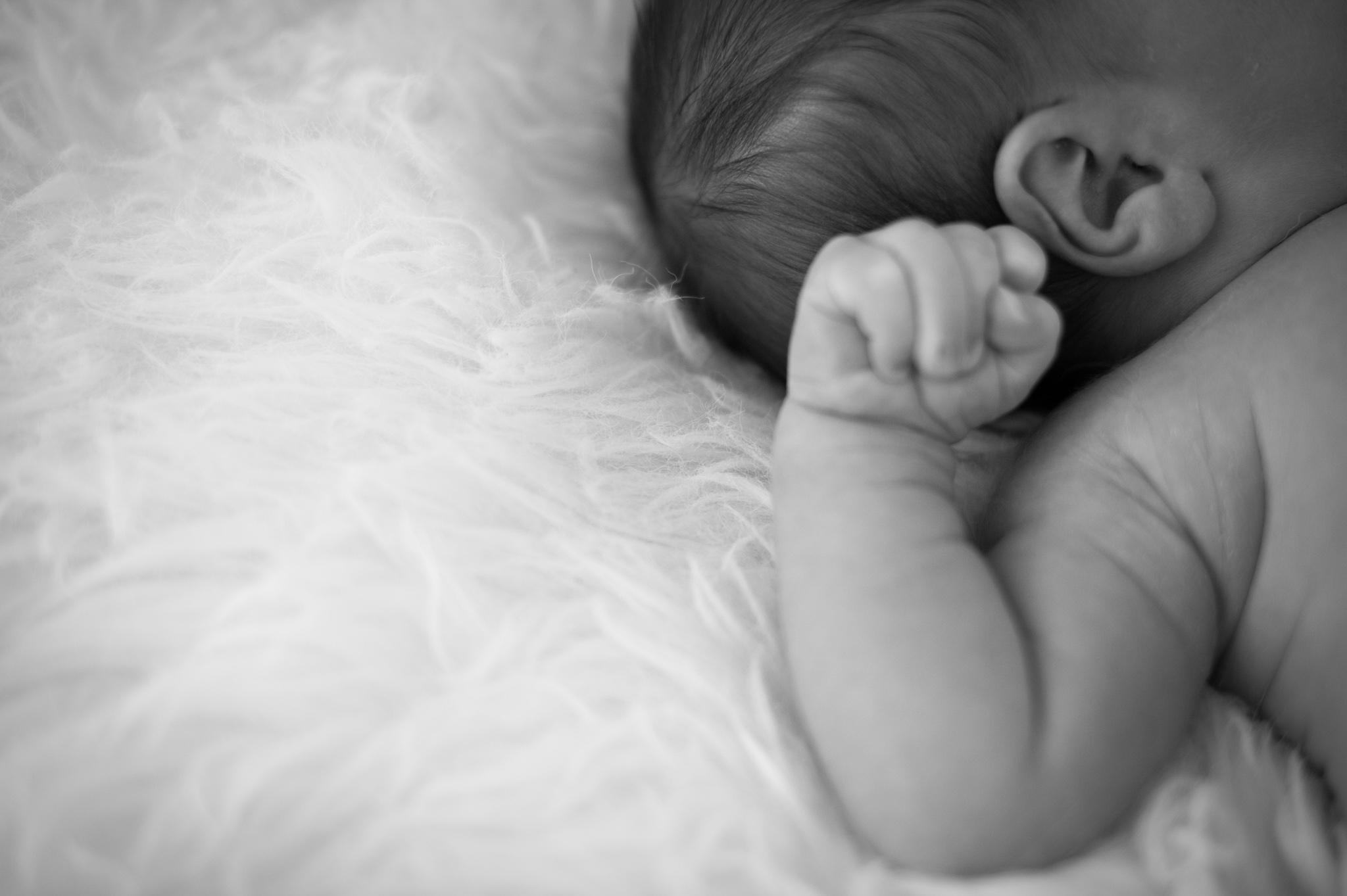 newborn baby detail images