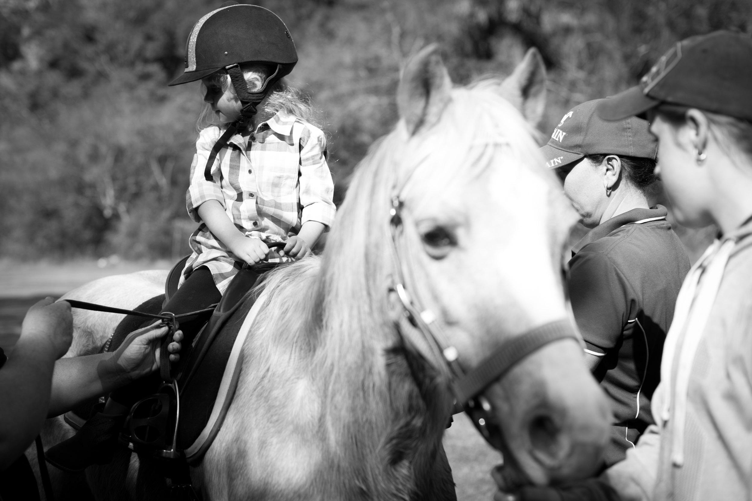 Horseriding party natural kids photos kincumber