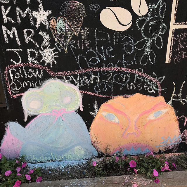 Stunning art this week on our chalk wall!! Keep up the great work. 💘 #youngartist #chalkwall #localart