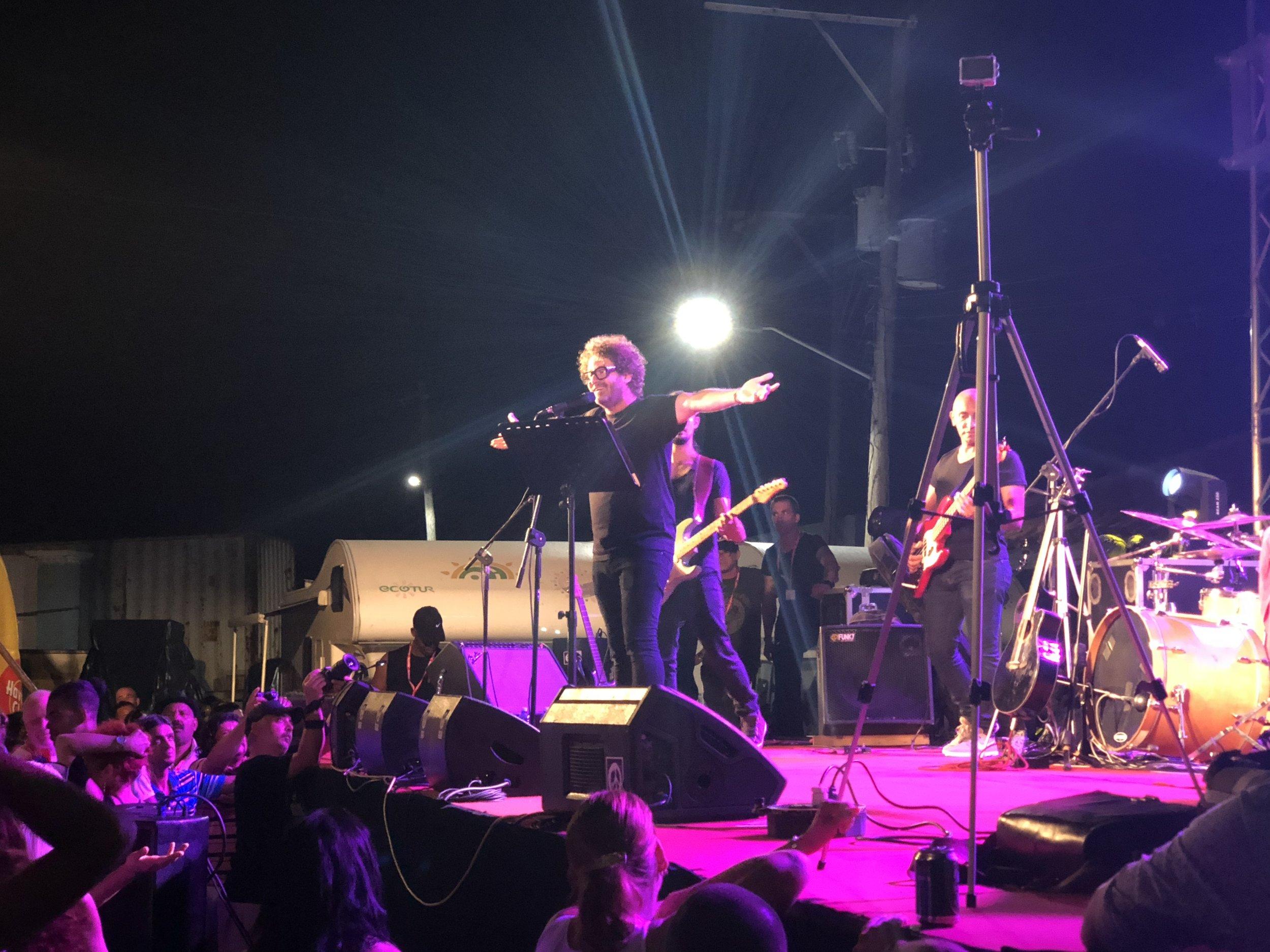 Cuban pop singer Raul Paz dazzles the crowd at Gibara.