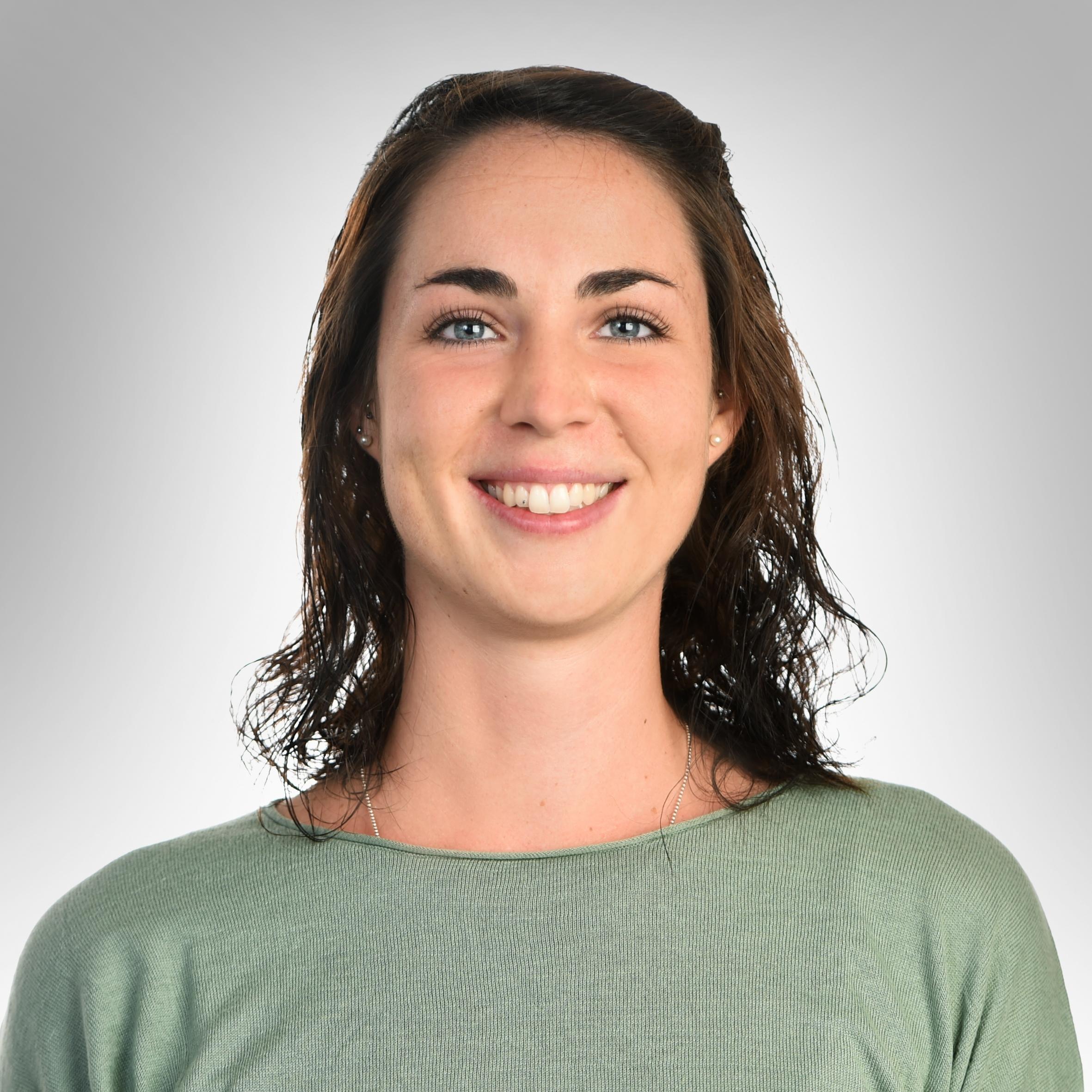Franziska Wernli   Franziska WernlI ist MITERZIEHENDE auf der VORSCHULgruppe. FRANZISKA ist ausgebildete Fachfrau Betreuung Kind.