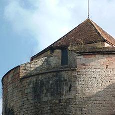 AUXONNE   Château   Louis XI