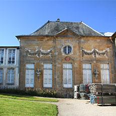 LANGRES   Hôtel   du Breuil de Saint-Germain