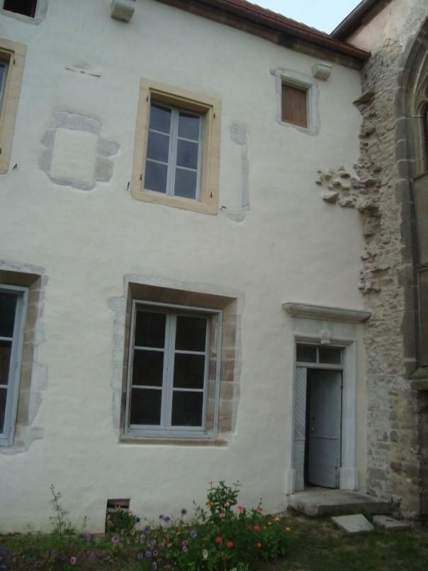 Partie de façade Est de l'aile Est après restauration