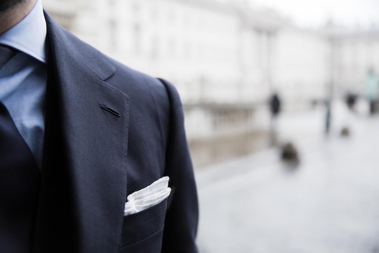 Cifonelli-navy-suit-buttonhole-shoulder.jpeg