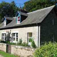 pitgaveny-estate-cottages-modernisation.jpg