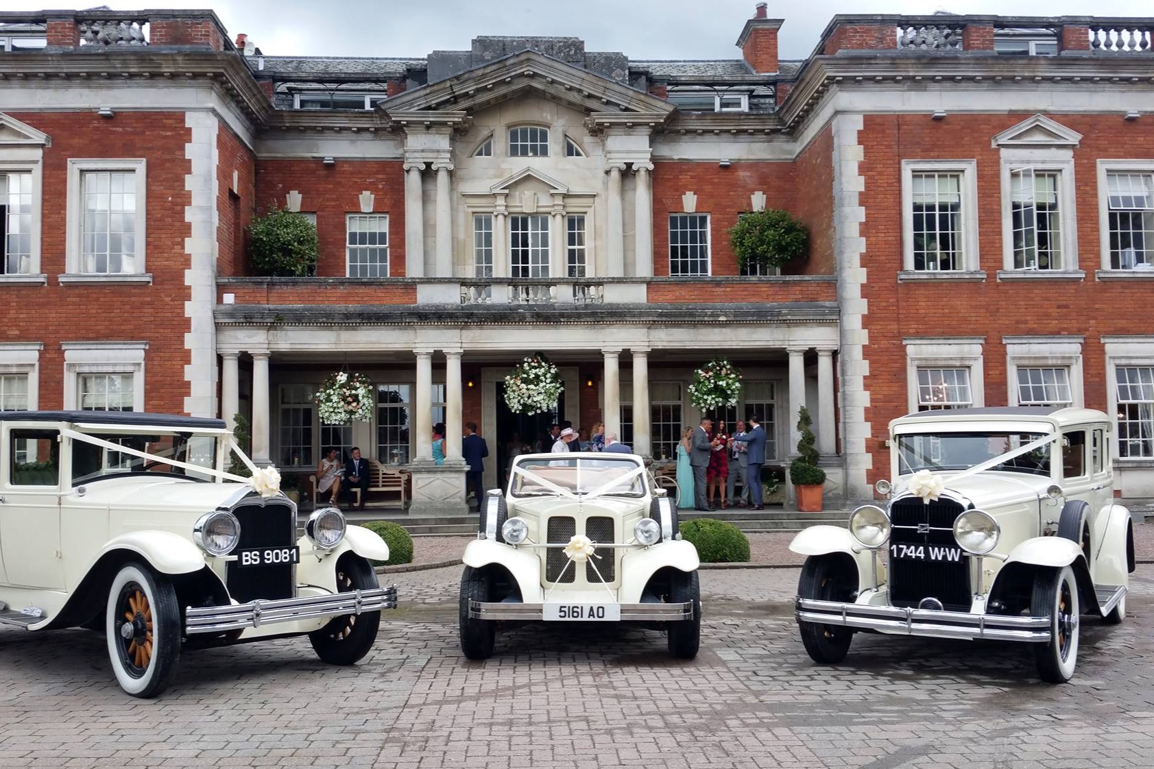 Special WeddingCars - What better way to travel to your wedding than in magnificent style like true royalty? Special Wedding Cars offer an excellent chauffeur service to your venue.
