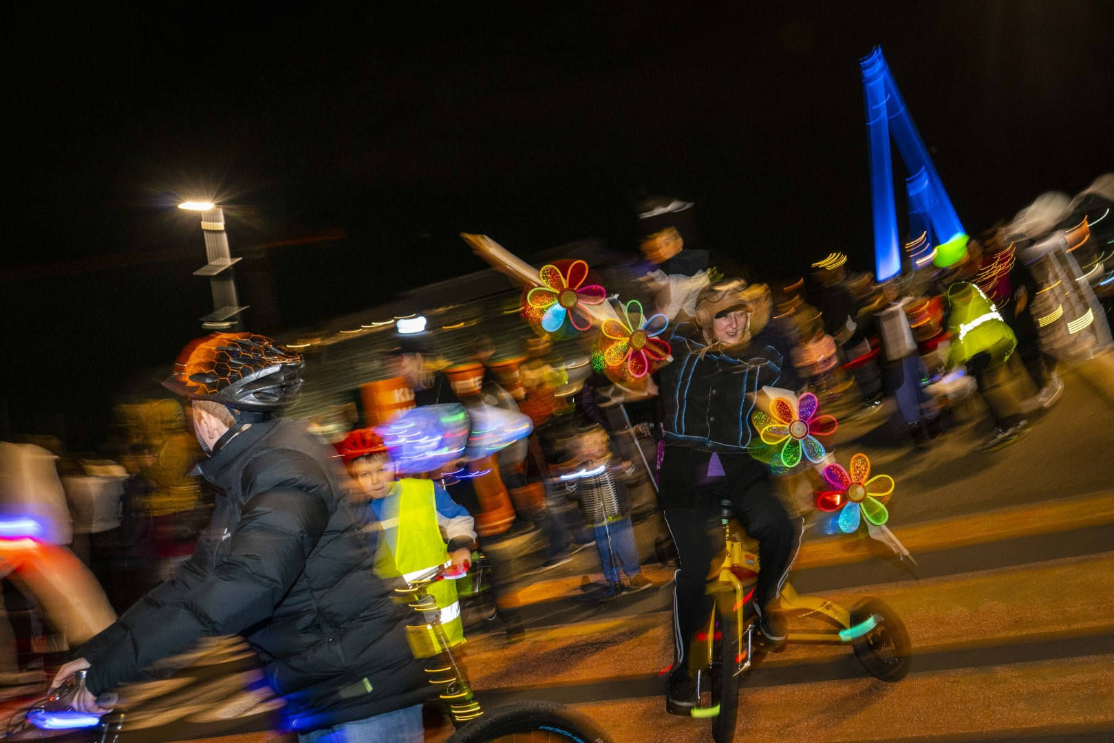 IMM Uni cycle blur 2.15MB photography John McDermott DSC03356 (Large).jpg