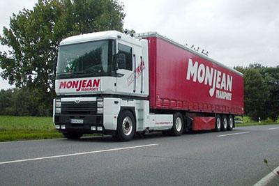 """Unser erster """"Reno"""" AE MAGNUM, legte den Grundstein für weitere  Renault Fahrzeuge bei uns."""