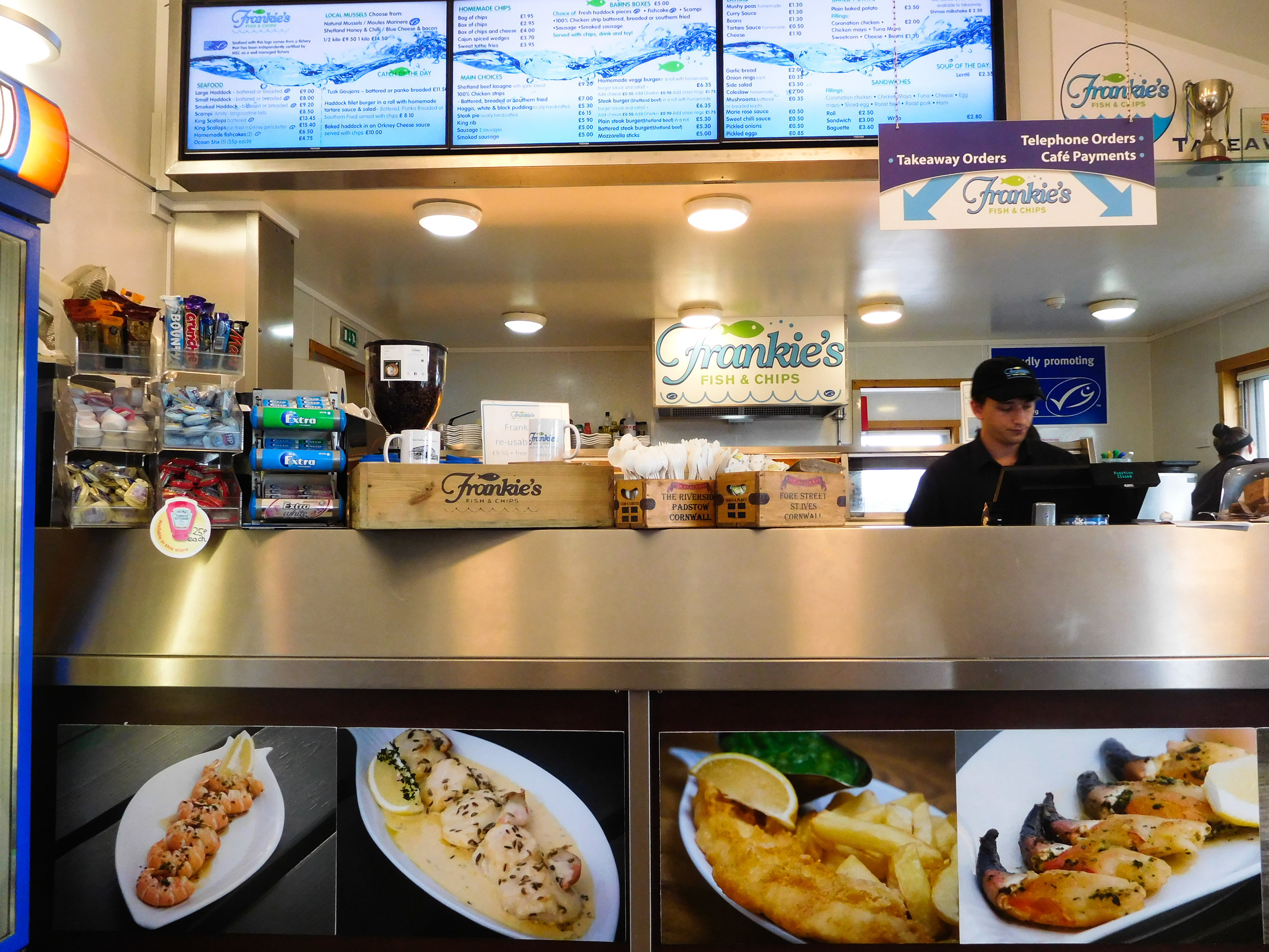 Frankie's famous fish and chips, Brae