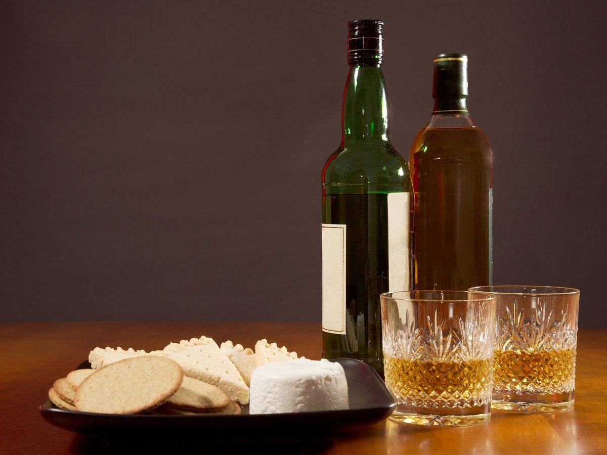 whiskey-cheese-app-FT-BLOG1218.jpg
