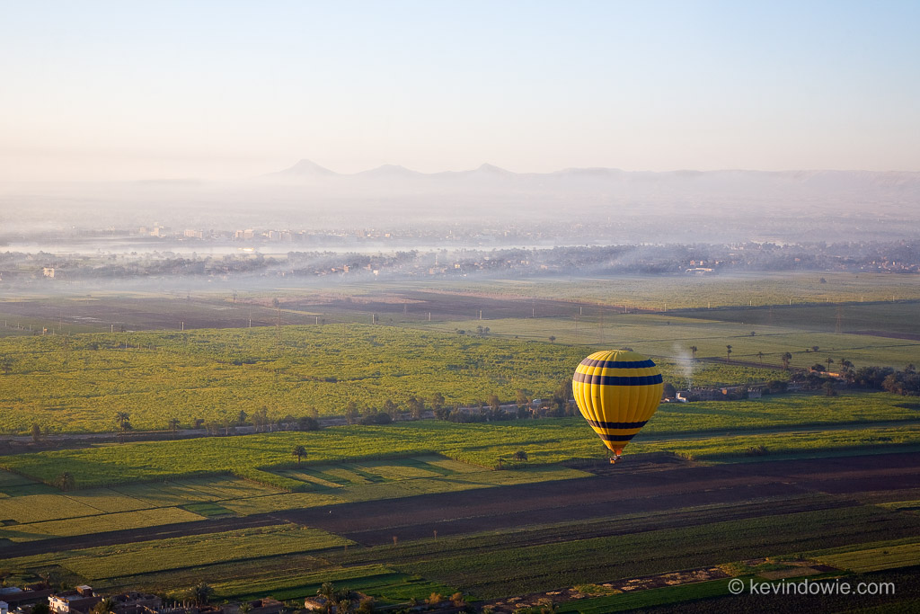 Balloon over Luxor